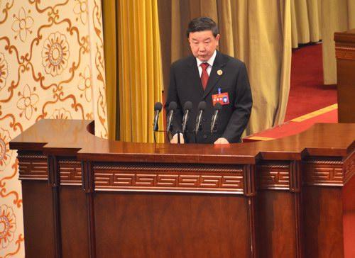 会上,青海省人民检察院检察长王晓勇作省人民检察院工作报告.