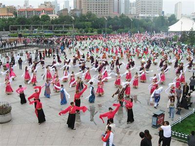 谱写民族团结进步西宁新篇章